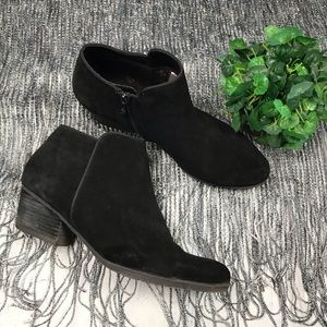 Blondo Black Suede Ankle Booties Size 11W